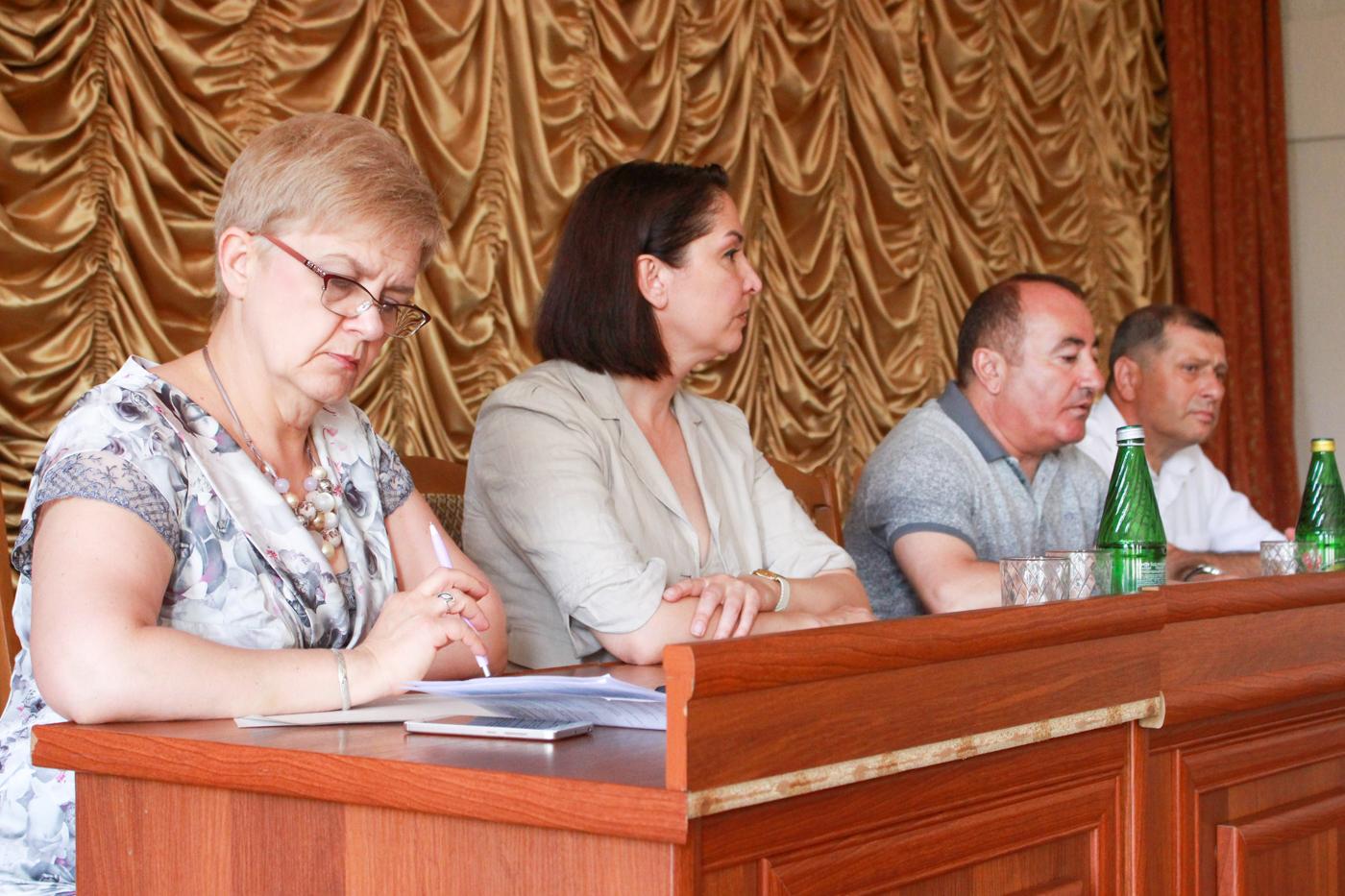 В Артёмовском районе Луганска прошла встреча с председателями квартальных комитетов 3