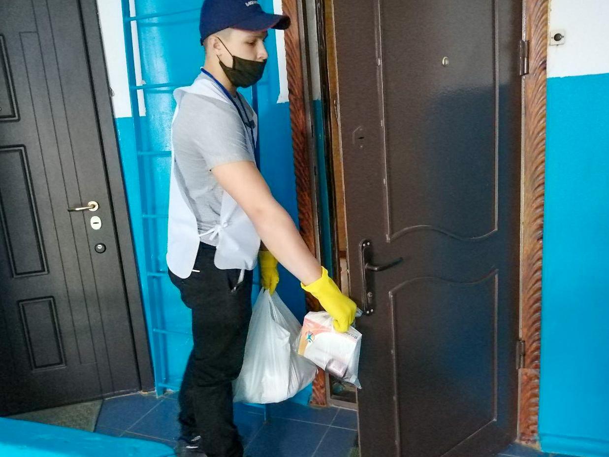 Волонтёры акции «Рука помощи» за неделю помогли 31 жителю ЛНР 4