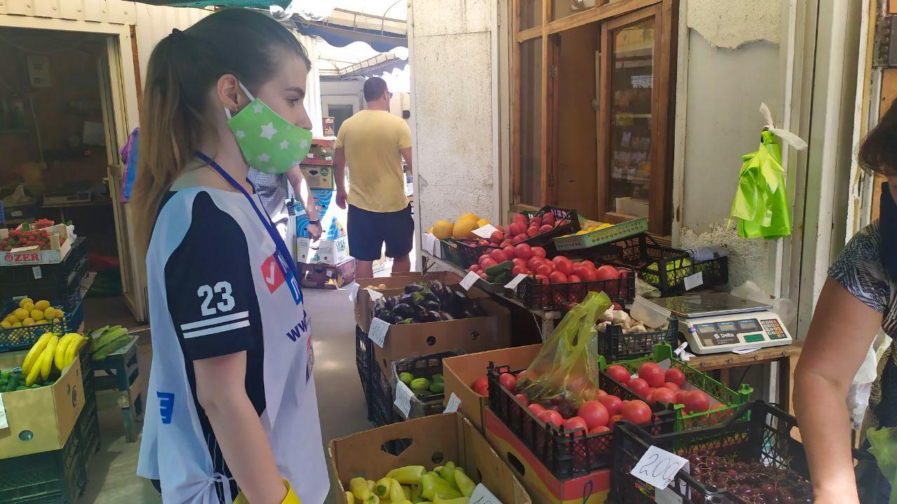 За неделю волонтёры акции «Рука помощи» помогли 35 жителям ЛНР 2
