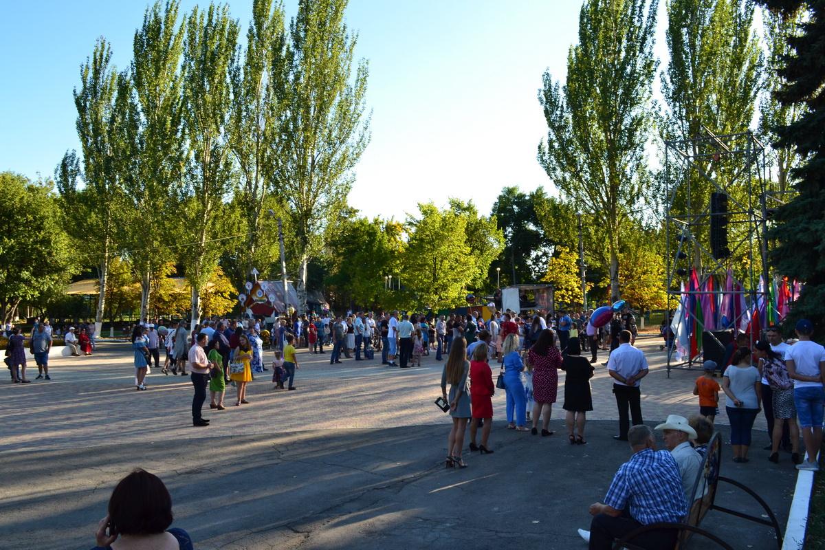 Торжественные мероприятие и массовые гулянья, посвящённые Дню шахтёра, прошли в Ровеньках