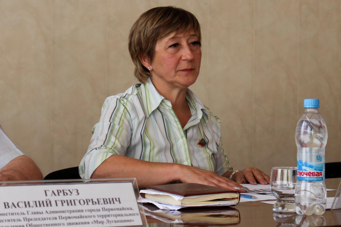 Встреча с председателями органов самоорганизации населения прошла в прифронтовом Первомайске 3
