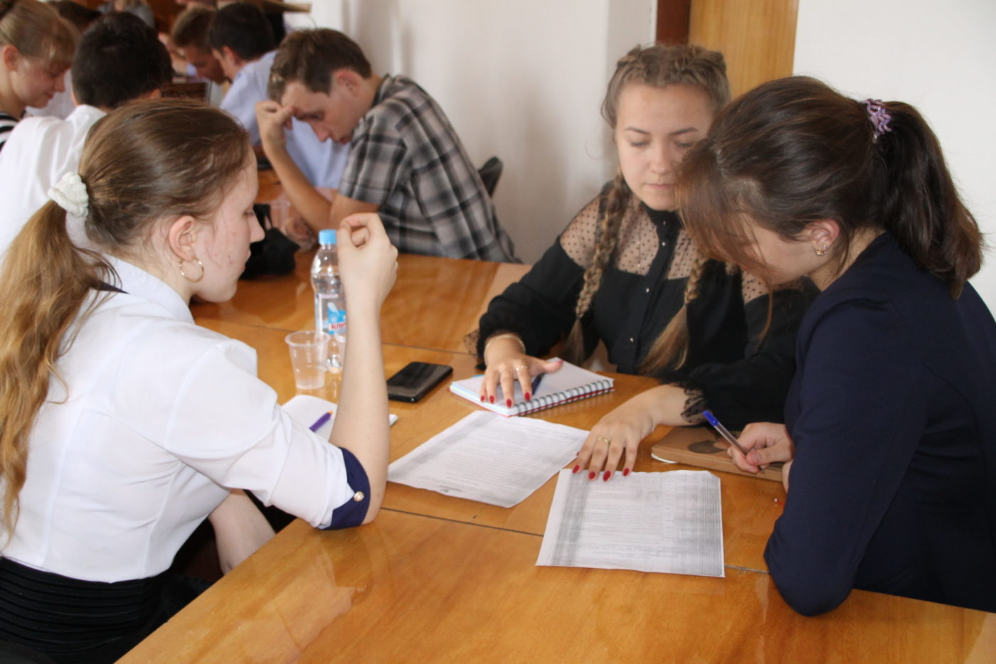 В Антраците состоялись дебатный турнир «Имею мнение»