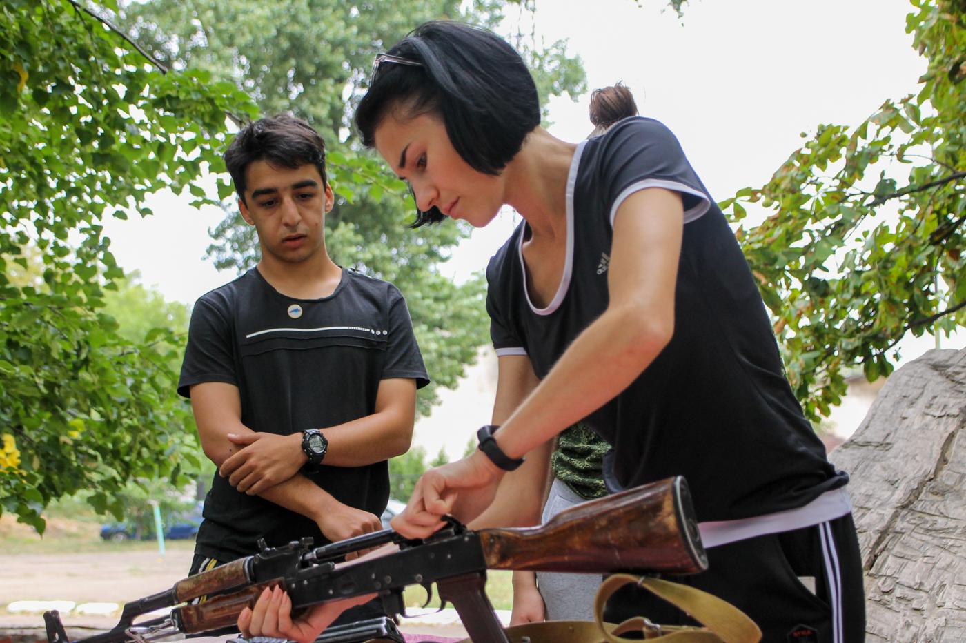 Туристический слёт активистов проекта «Молодая Гвардия» ОД «Мир Луганщине» прошёл в Антраците 3