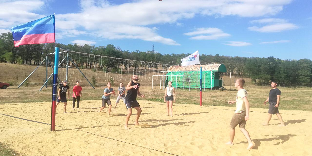 В Первомайске из-за погодных условий перенесли финал летнего чемпионата по пляжному волейболу