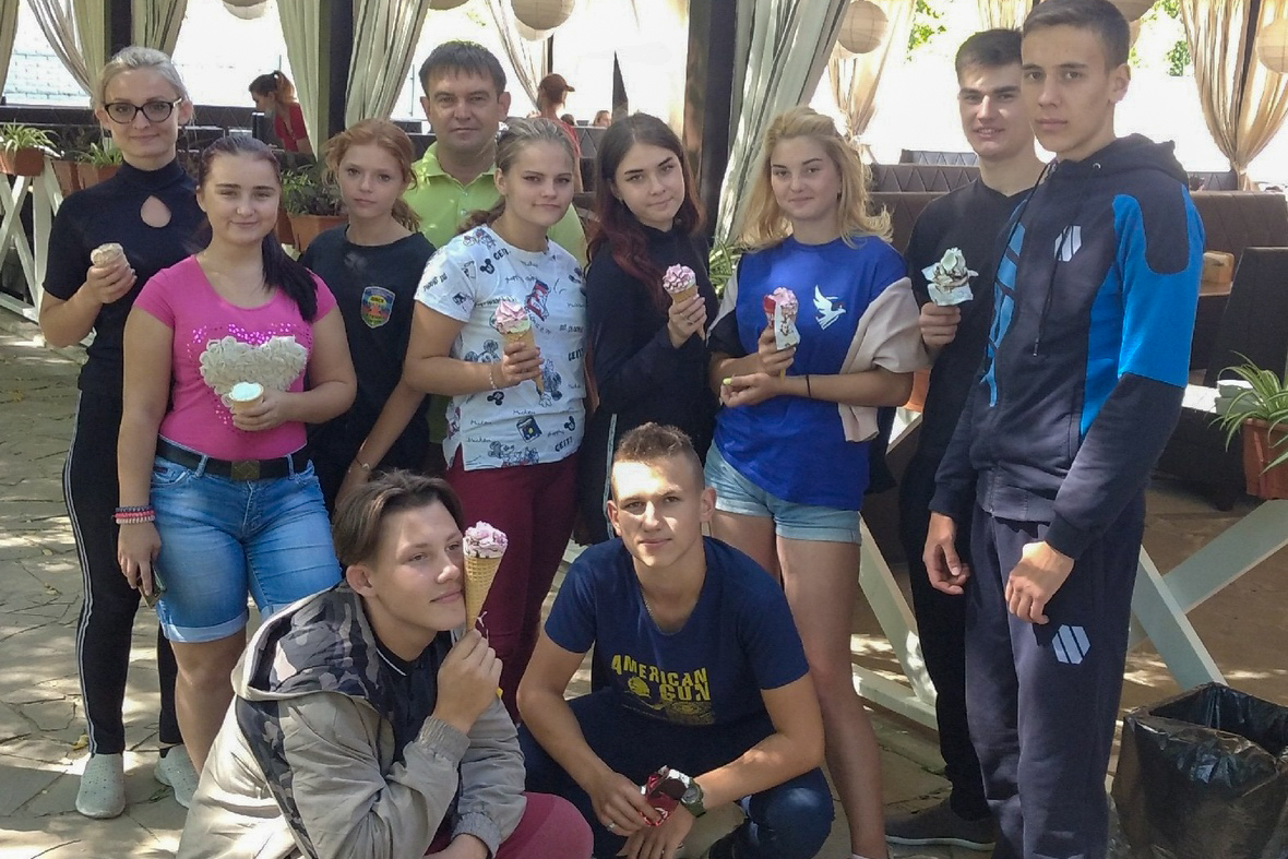 Парке культуры и отдыха имени Горького посетили активисты ОД «Мир Луганщине» из Свердловска
