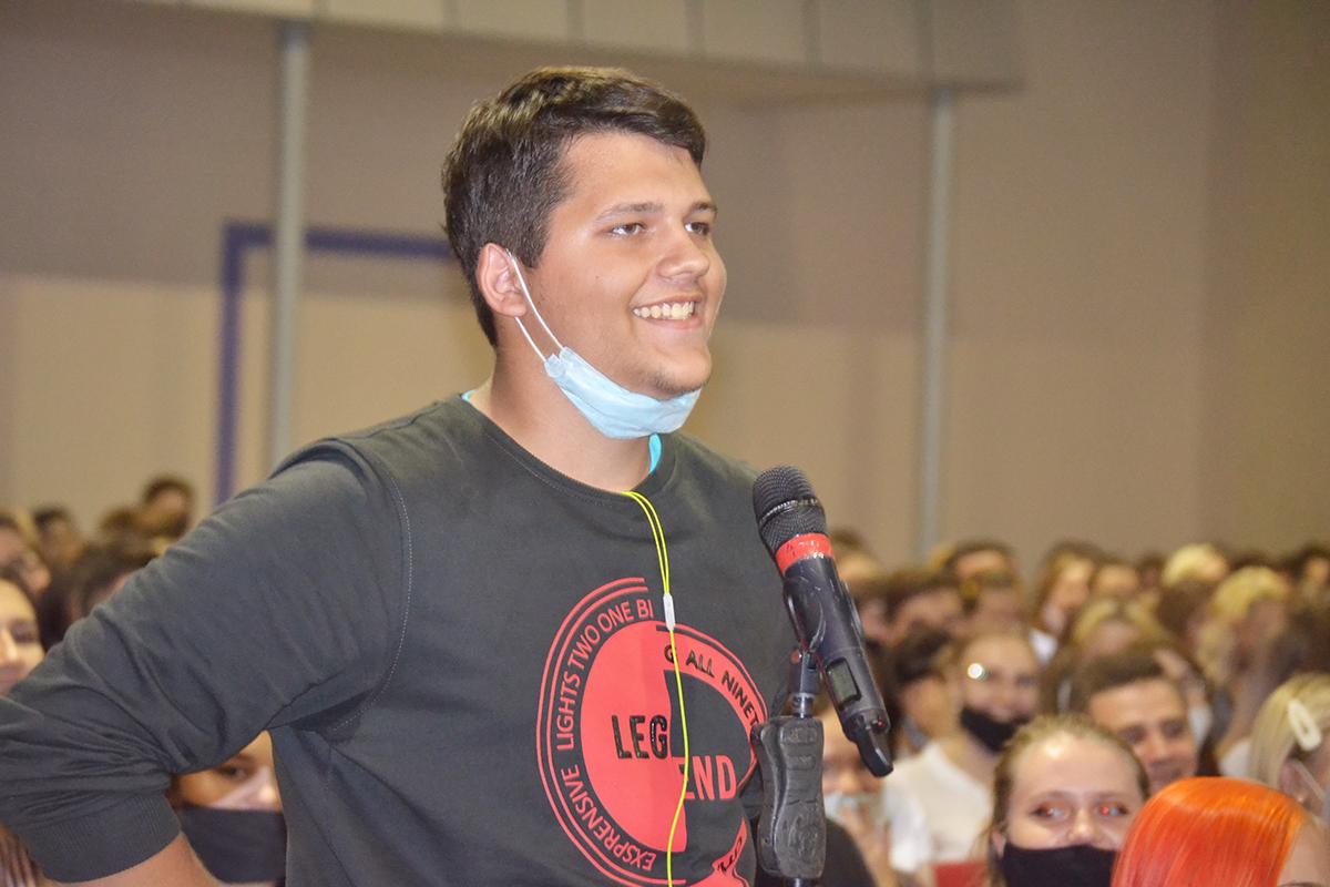 Луганским студентам рассказали о работе проектов ОД «Мир Луганщине» 6