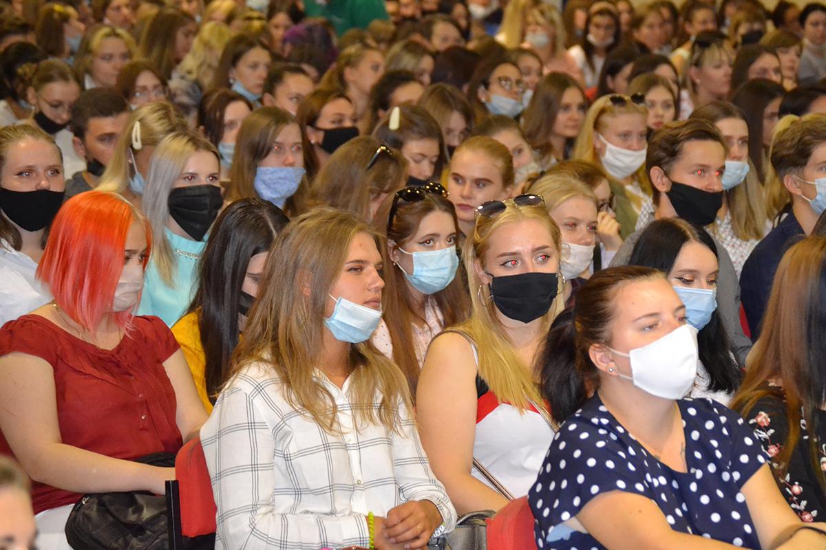 Луганским студентам рассказали о работе проектов ОД «Мир Луганщине» 7