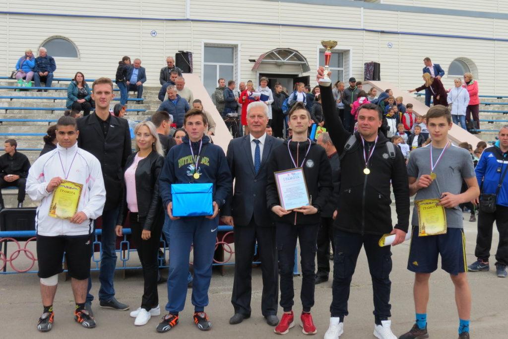 В Краснодоне состоялся турнир по мини-футболу среди студенческой молодёжи