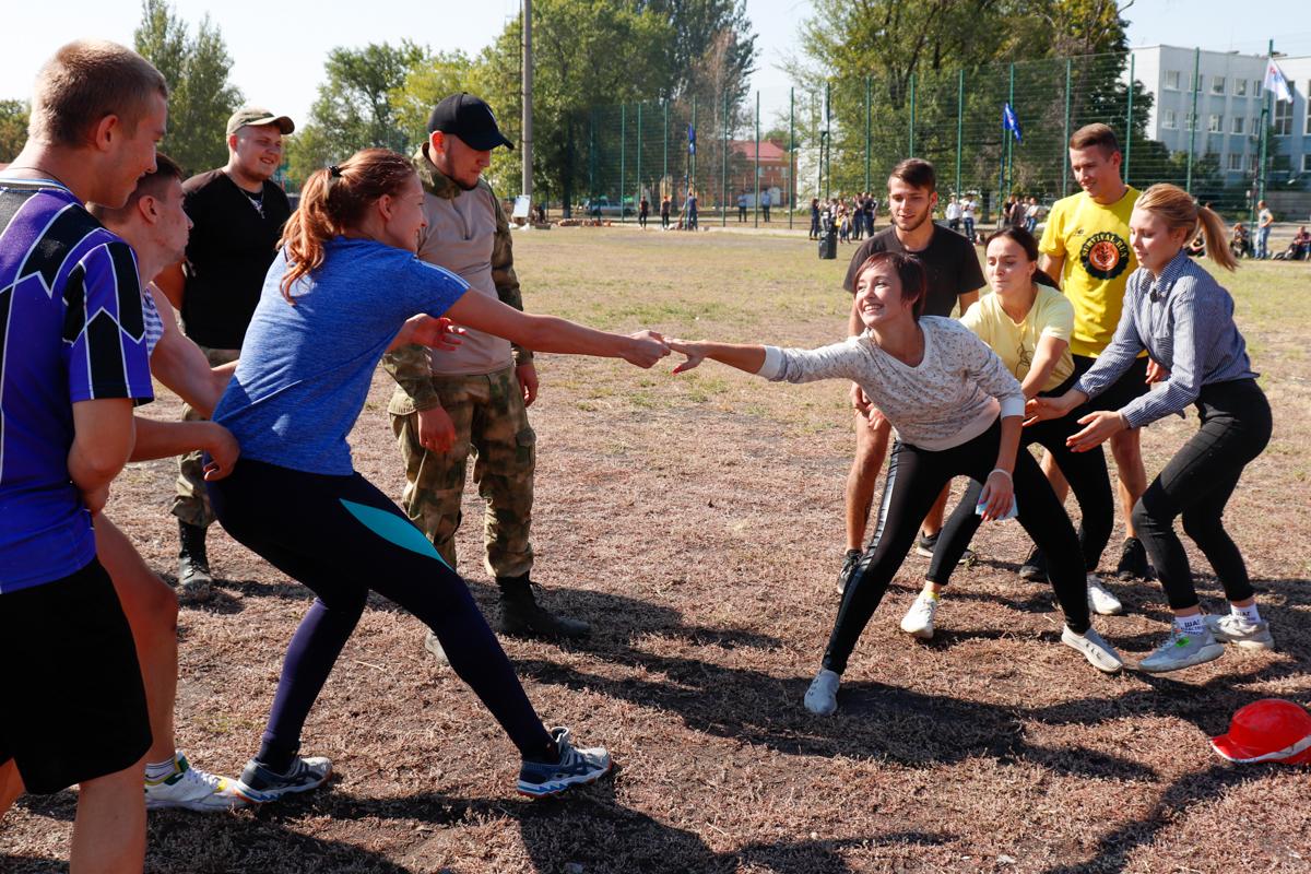 Активисты проекта «Дружина» провели «Богатырские игры» для луганских студентов