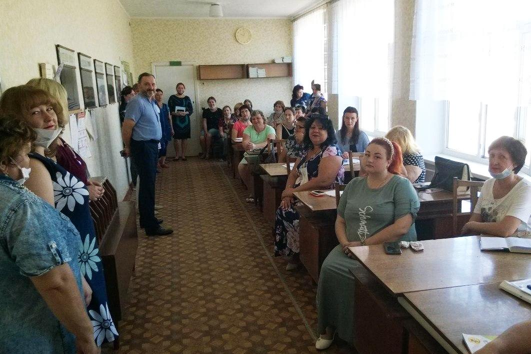 Депутат Андрей Лицоев встретился с коллективом Зимогорьевской гимназии