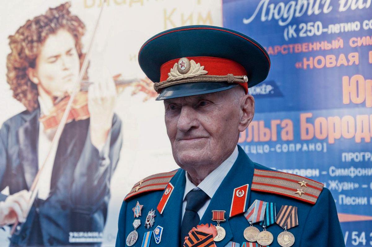 Активисты ОД «Мир Луганщине» приняли участие в военно-патриотическом фестивале городов-героев в Севастополе 4