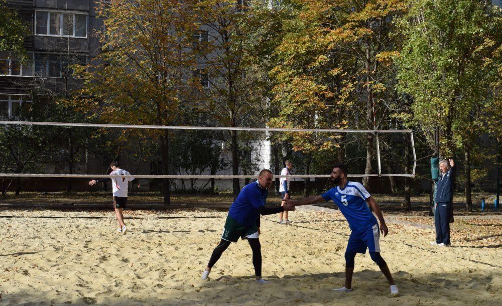 Под патронатом ОД «Мир Луганщине» в Луганском государственном педагогическом университете прошёл турнир по пляжному волейболу 4