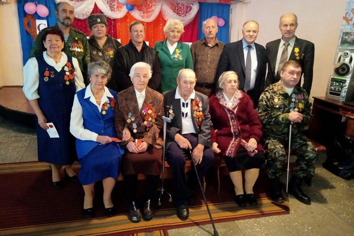 В Краснодоне состоялся торжественный приём для участников Совета ветеранов