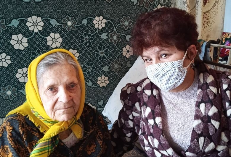 Поздравление долгожительницы города Брянки.