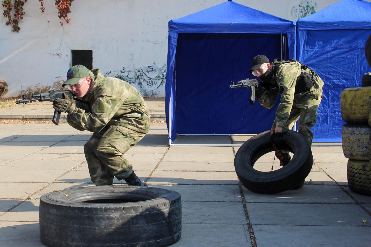 В Луганске прошло открытое занятие по страйкболу для активистов проекта «Доброволец»