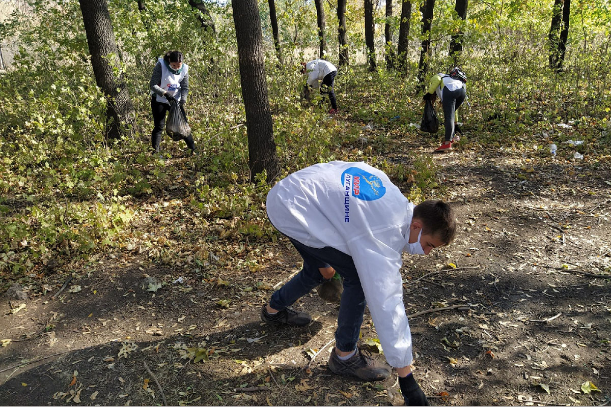 В посёлке Бугаёвка прошёл субботник у водохранилища 4