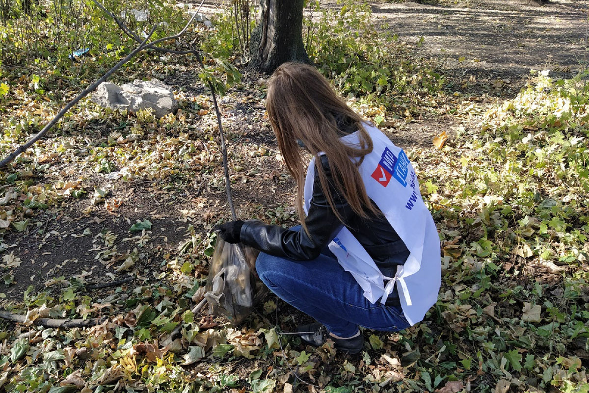 В посёлке Бугаёвка прошёл субботник у водохранилища