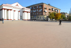 В Красном Луче благодаря Главе ЛНР реконструировали центральную площадь города