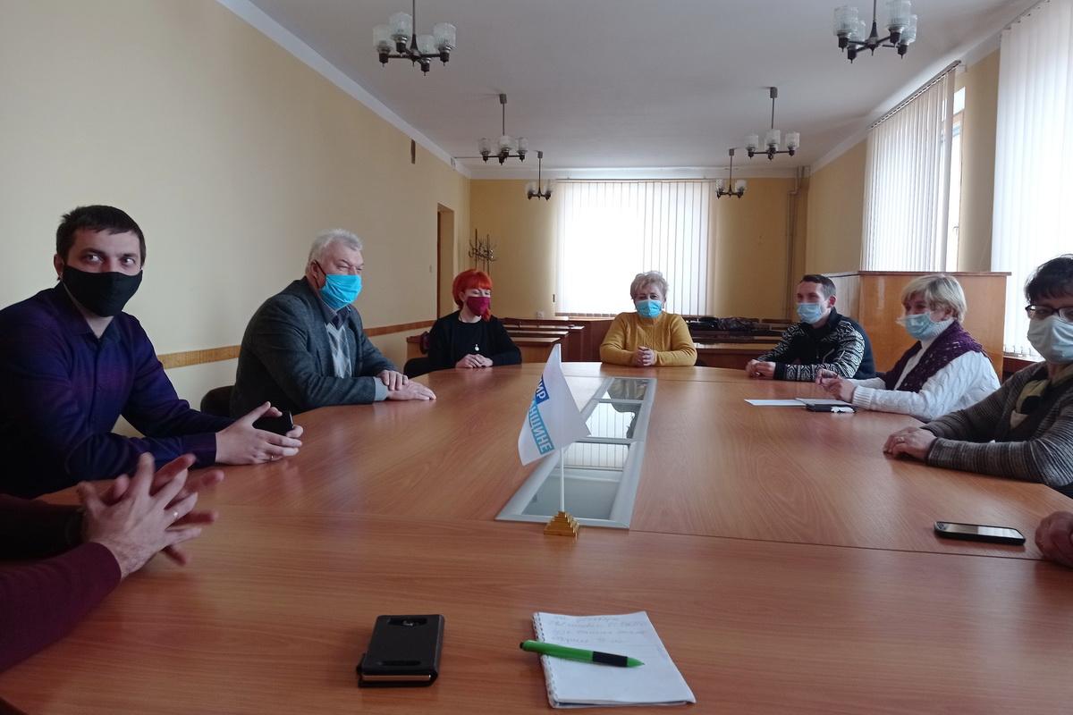 Пять жителей Алчевска присоединились к Общественному движению «Мир Луганщине»
