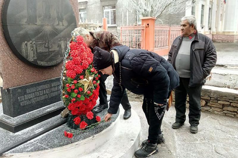 Молодёжь Перевальска встретилась с ликвидаторами последствий аварии на ЧАЭС 2