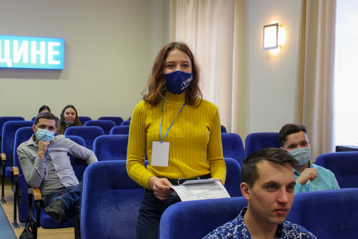 В Луганске состоялось открытие проекта «Школы молодого политика»