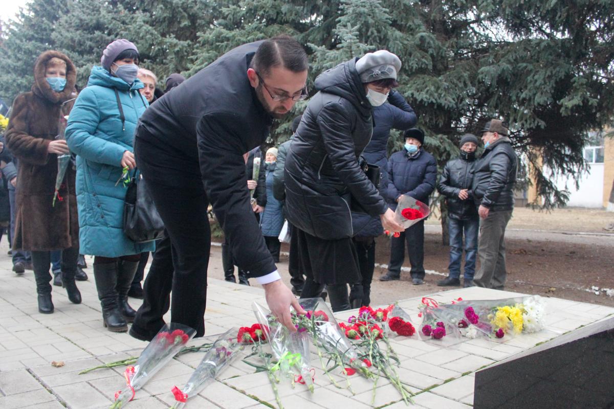 Славяносберские активисты почтили память ликвидаторов аварии на Чернобыльской АЭС