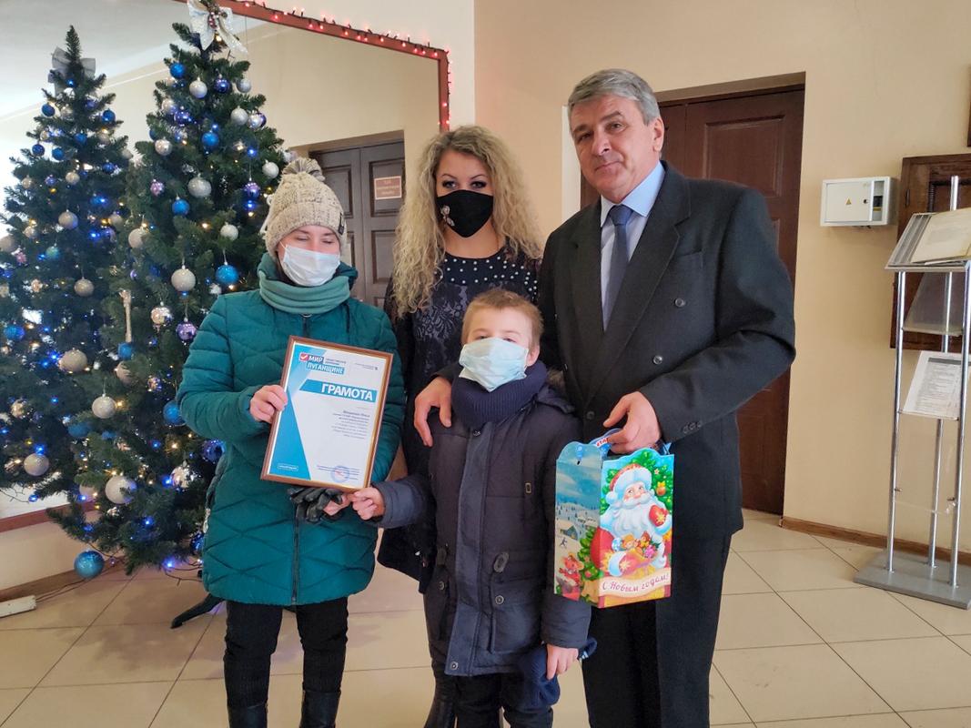 В ЛНР подвели итоги конкурса «С Новым годом, солдат!» 2