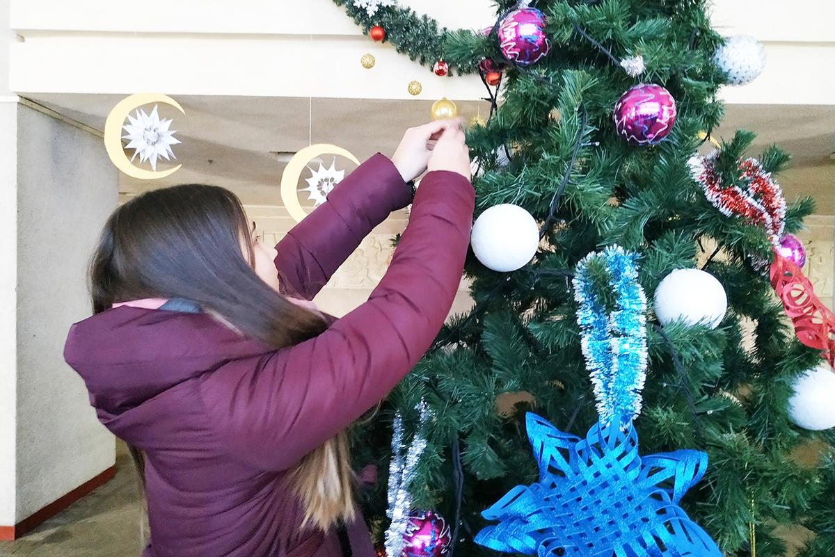 В Свердловске наградили участников конкурса «Чудо новогодней игрушки» 2
