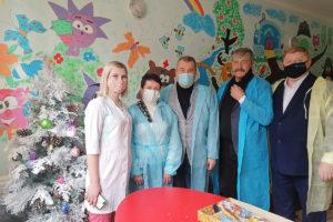 Ирина Андрух, Юрий Юров и Михаил Голубович посетили Республиканскую детскую клиническую больницу