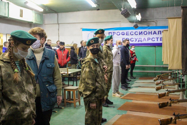В Луганске стартовали соревнования по пулевой стрельбе «Ворошиловский стрелок»