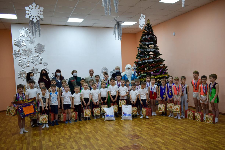 С Крещением поздравили воспитанников спортивной школы гимнастики Первомайска
