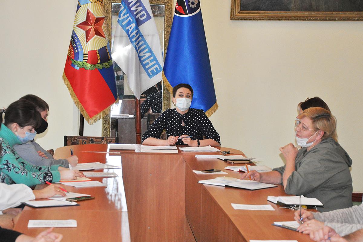 В Стаханове состоялись встречи активистов первичных отделений ОД «Мир Луганщине»