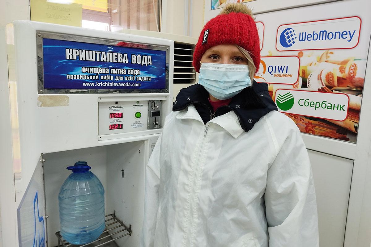 Волонтеры акции «Рука помощи» помогли трем жителям Алчевска