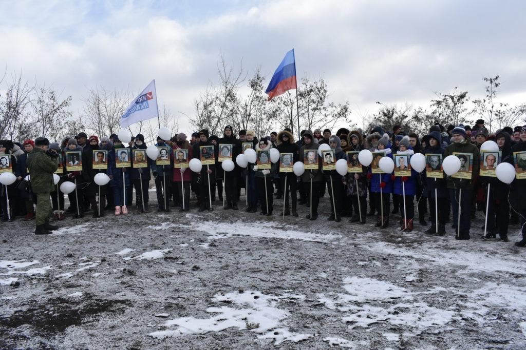 В посёлке Чернухино медалями от Главы ЛНР наградили участников Чернухино-Дебальцевской операции