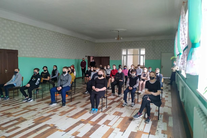 Патриотический час «Памяти юных героев» прошёл в Белореченской школе-интернате