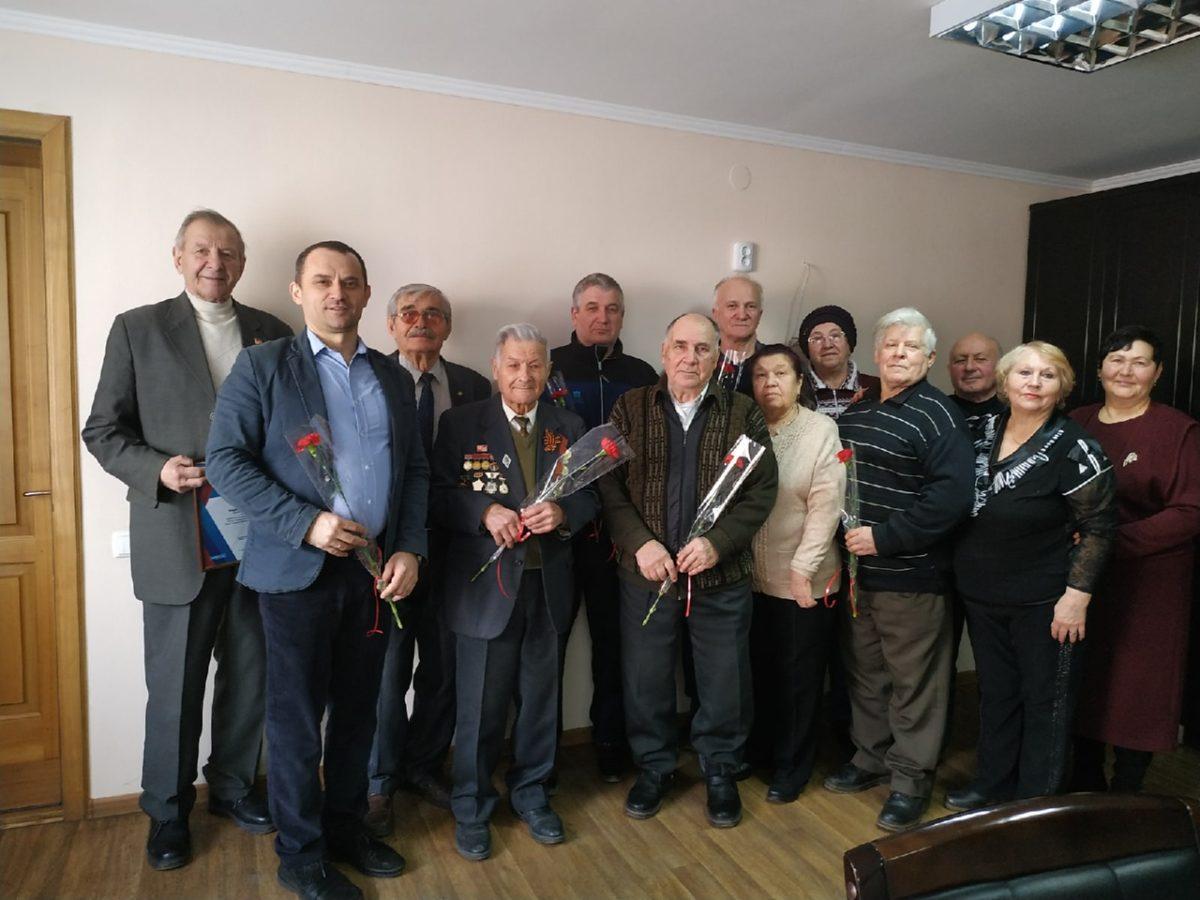 Работники исполкома Свердловского теротделения движения встретились с активистами ветеранского первичного отделения 1