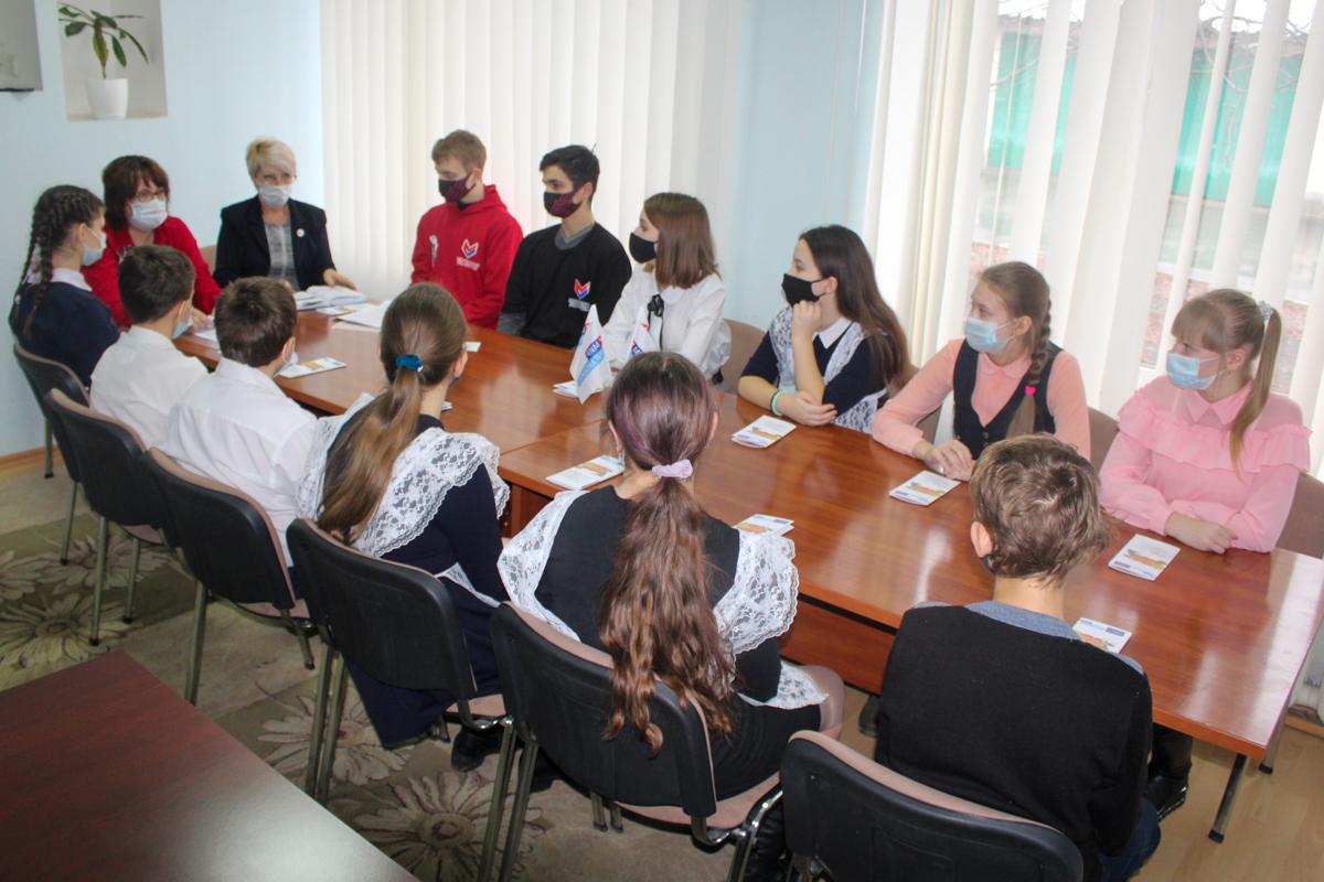 Встреча, посвящённая 78-ой годовщине разгрома немецко-фашистских войск в Сталинградской битве, прошла в Славяносербске