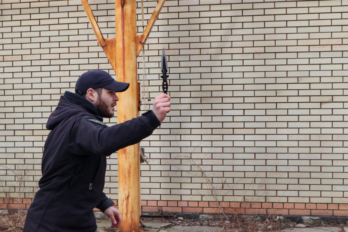 В Луганске отметили шестую годовщину создания Клуба начальной военной подготовки «Доброволец» 2