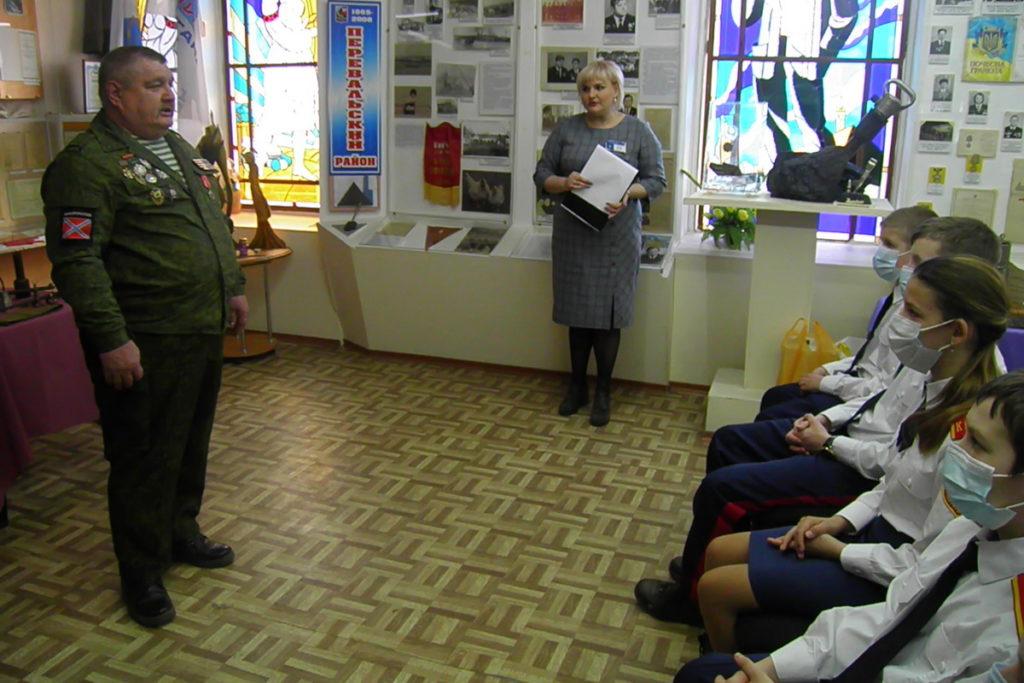 В разных городах ЛНР активисты ОД «Мир Луганщине» провели памятные мероприятия к годовщине окончания Чернухино-Дебальцевской операции 13