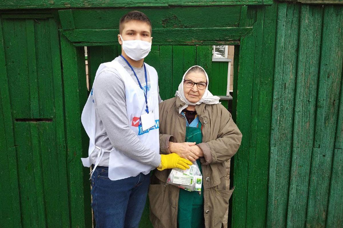 За неделю волонтёры акции «Рука помощи» помогли 36 жителям Республики