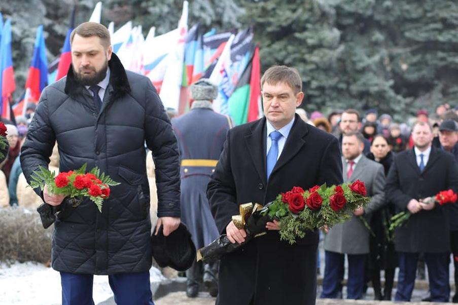 Делегация ЛНР приняла участие в памятном мероприятии в Дебальцево