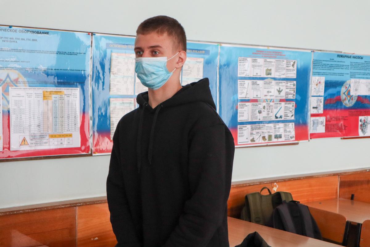 В Луганске для активистов проектов «Доброволец» и «Дружина» провели лекцию по гражданской обороне 4