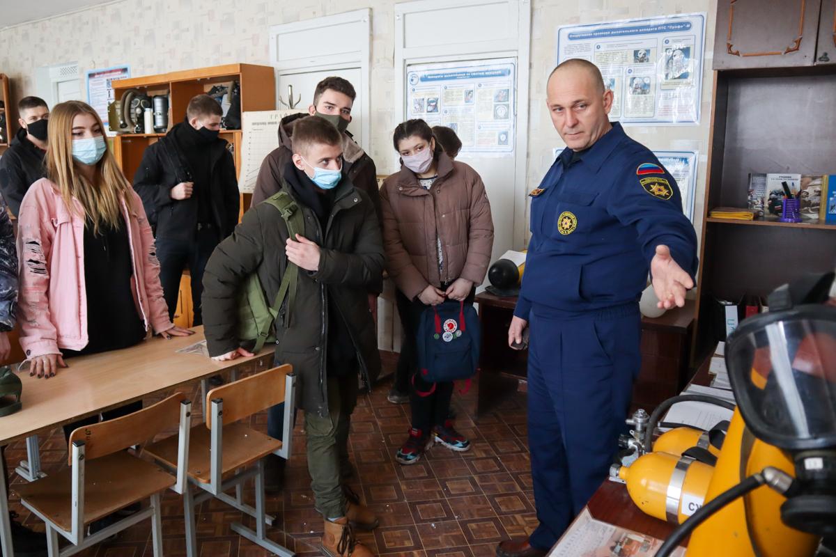 В Луганске для активистов проектов «Доброволец» и «Дружина» провели лекцию по гражданской обороне 2