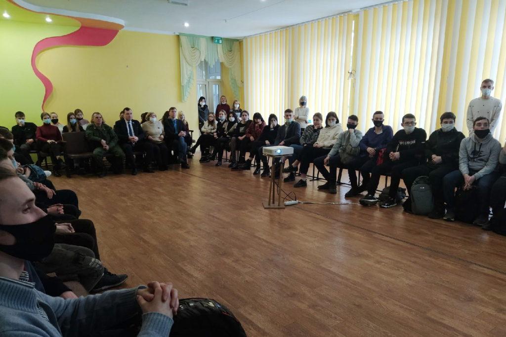 Активисты Общественного движения «Мир Луганщине» отметили годовщину начала Русской весны 7