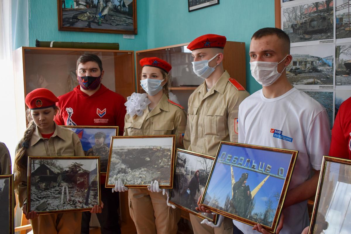 Делегация из Брянки с официальным визитом посетила Дебальцево ДНР 4