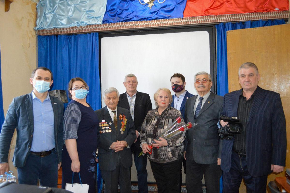 В Свердловске активисты отметили 60-летие киностудии «Горизонт»