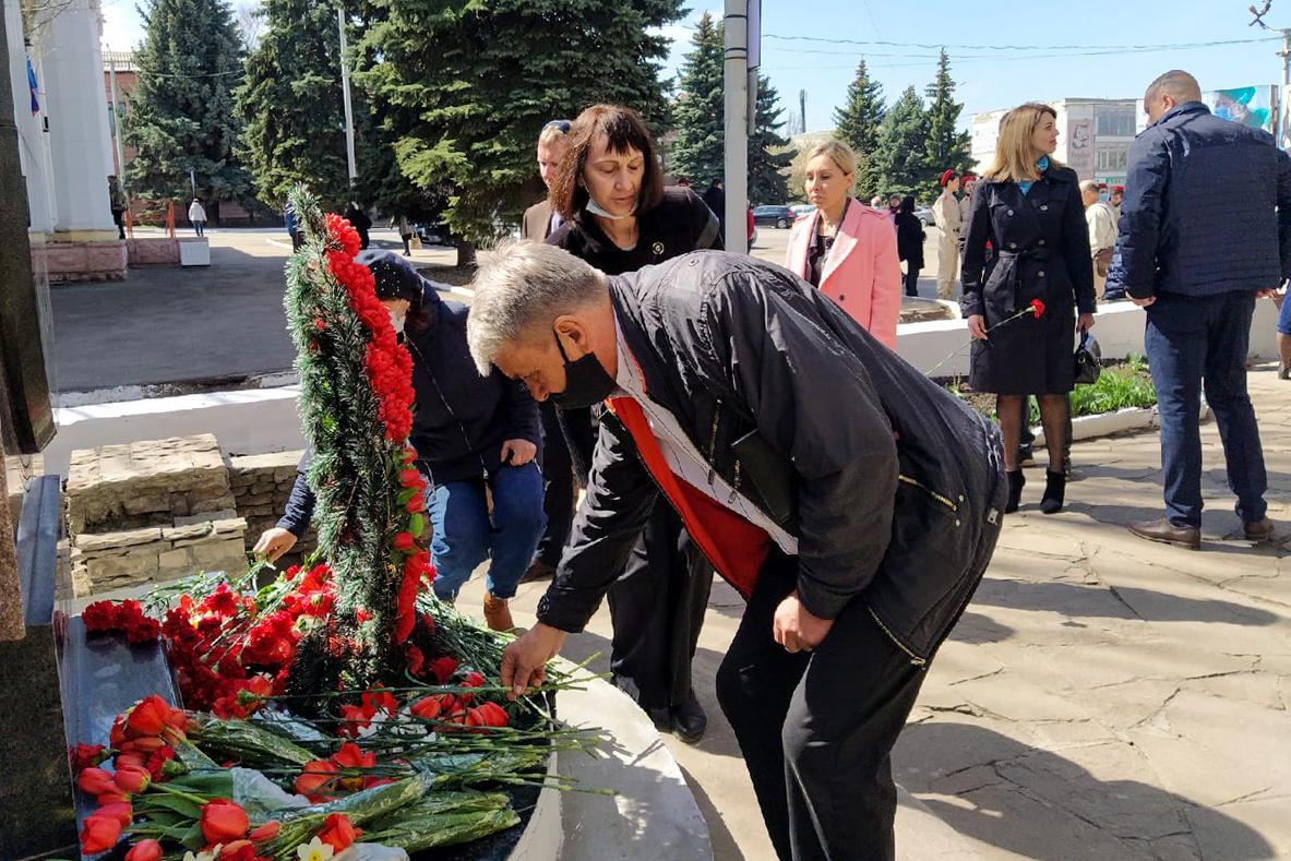В ЛНР прошли мероприятия ко Дню участников ликвидации последствий радиационных аварий и катастроф и памяти жертв этих аварий и катастроф 9