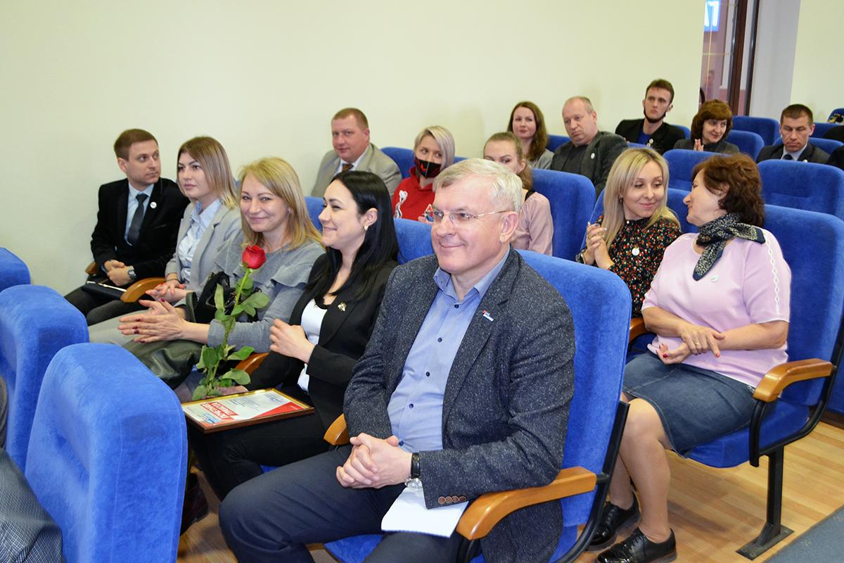 В Луганске наградили лучшее теротделение ОД «Мир Луганщине» по итогам первого квартала 2021 года и самых активных участников движения 2