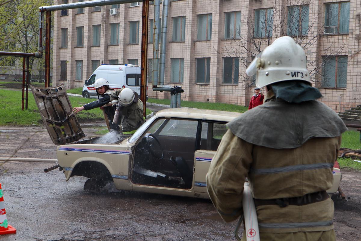 В Луганске прошёл форум по гражданской защите «Помни, ты должен быть готов!» 1