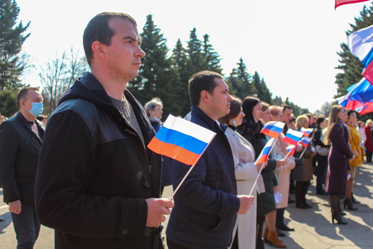 Активисты ОД «Мир Луганщине» во всех городах и районах ЛНР провели мероприятия, посвящённые 7-й годовщине взятия СБУ 9